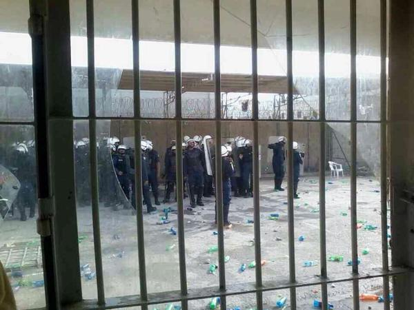 Riot police in Jaw prison