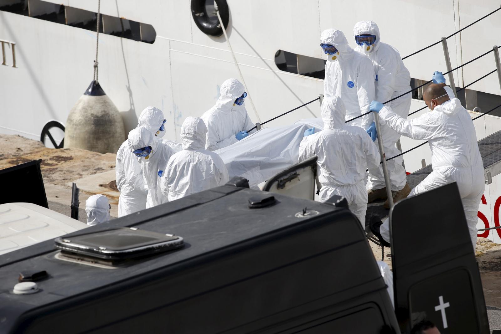 Italian coastguard Mediterranean shipwreck