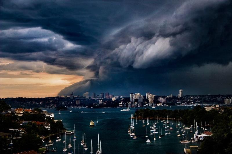 Storm hits Sydney Australia