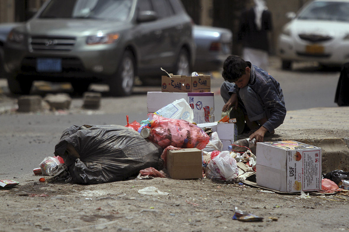 Yemen crisis: Humanitarian disaster looms in poorest country in the Arab world [Photo report]