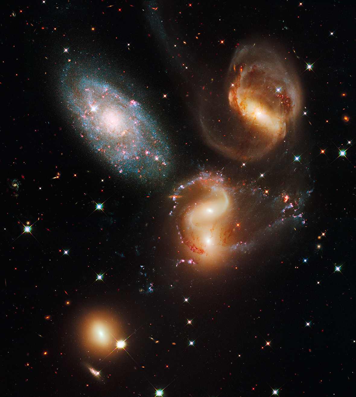 Hubble anniversary: 25 of the most beautiful images ...