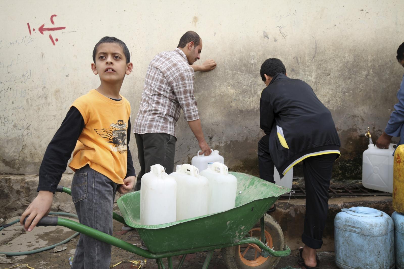 Yemen water fuel shortage