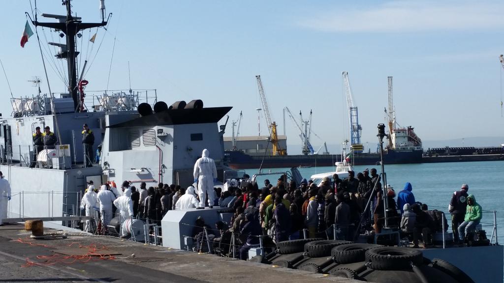 Migrant boat Catania
