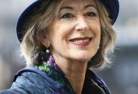 Maureen Lipman to stay in Britain
