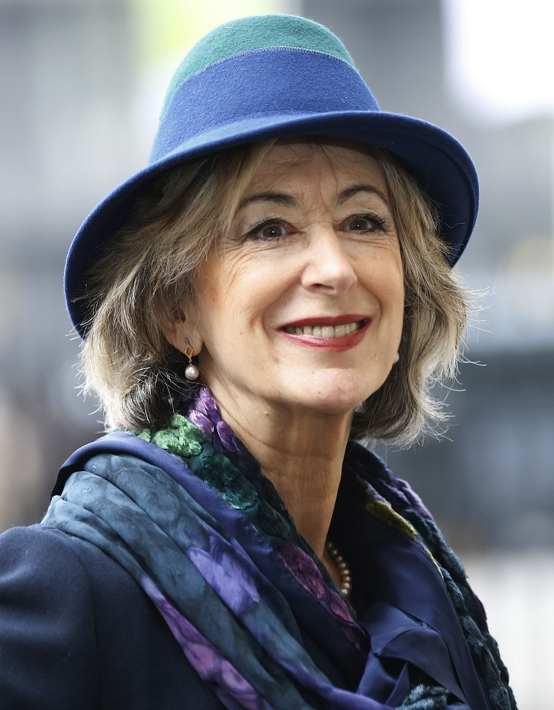 Maureen Lipman to stay in Britain