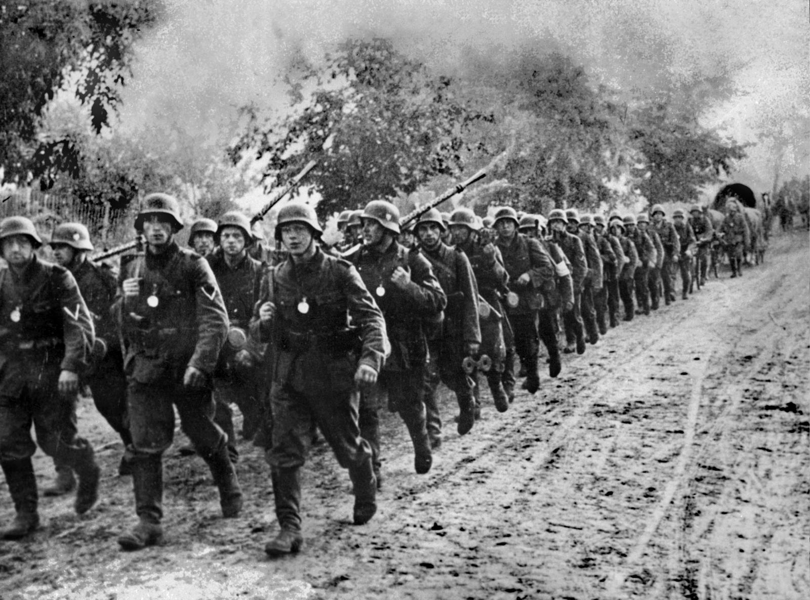 Nazi troops enter Poland