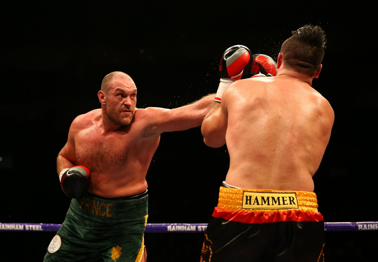 Watch The Diet That Helped Tyson Fury Lose 142lbs In Weight video