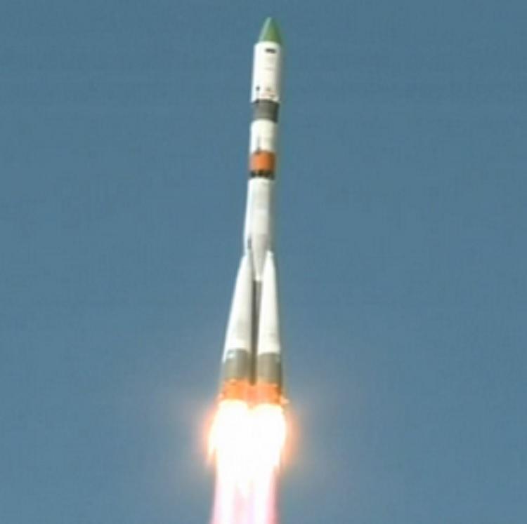 Progress M-27M cargo ship in orbit
