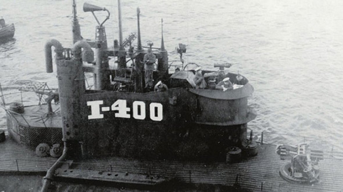 Imperial Japanese Navy mega-submarine I-400