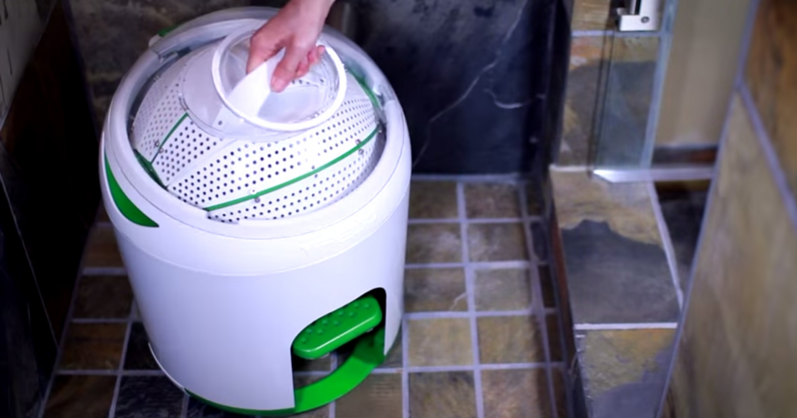Drumi Here S A Foot Pedal Powered Washing Machine That