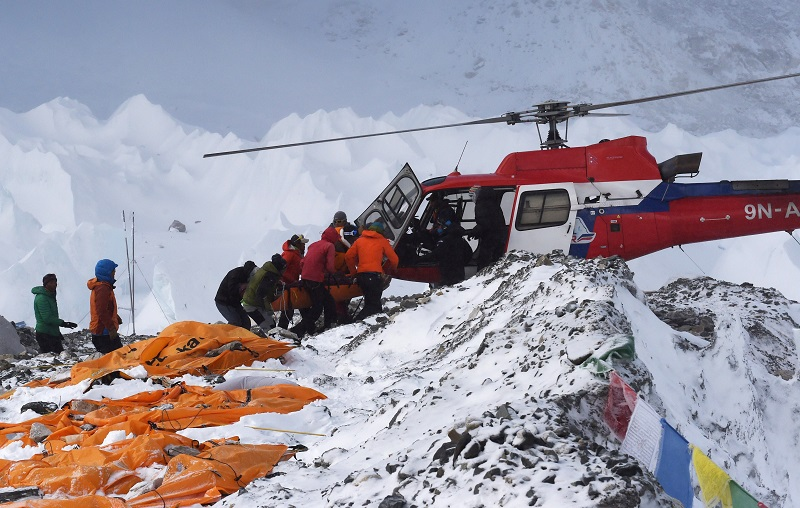 Mount Everest evacuation