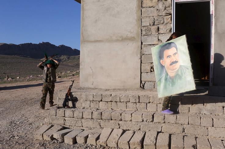 kurdish women fighting Isis