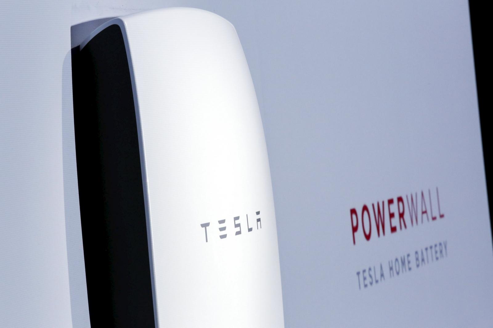 Tesla Solar Battery >> Tesla unveils Tesla Energy: batteries for homes and business
