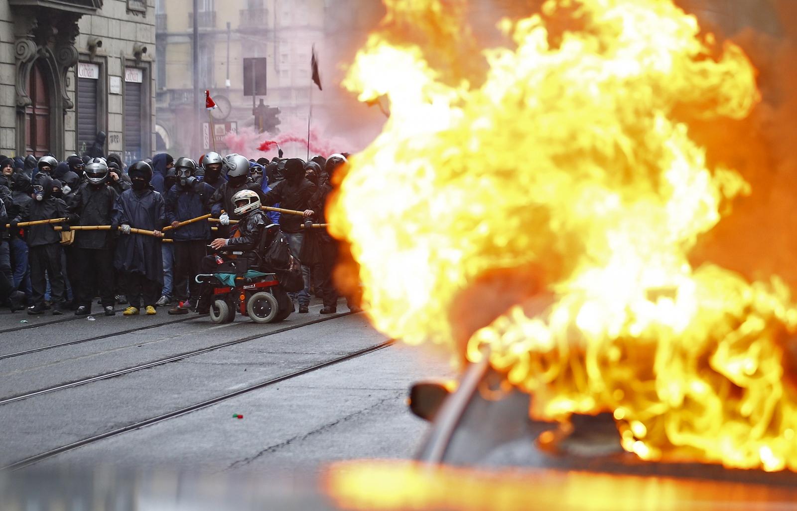 Expo 2015 Protest Milan