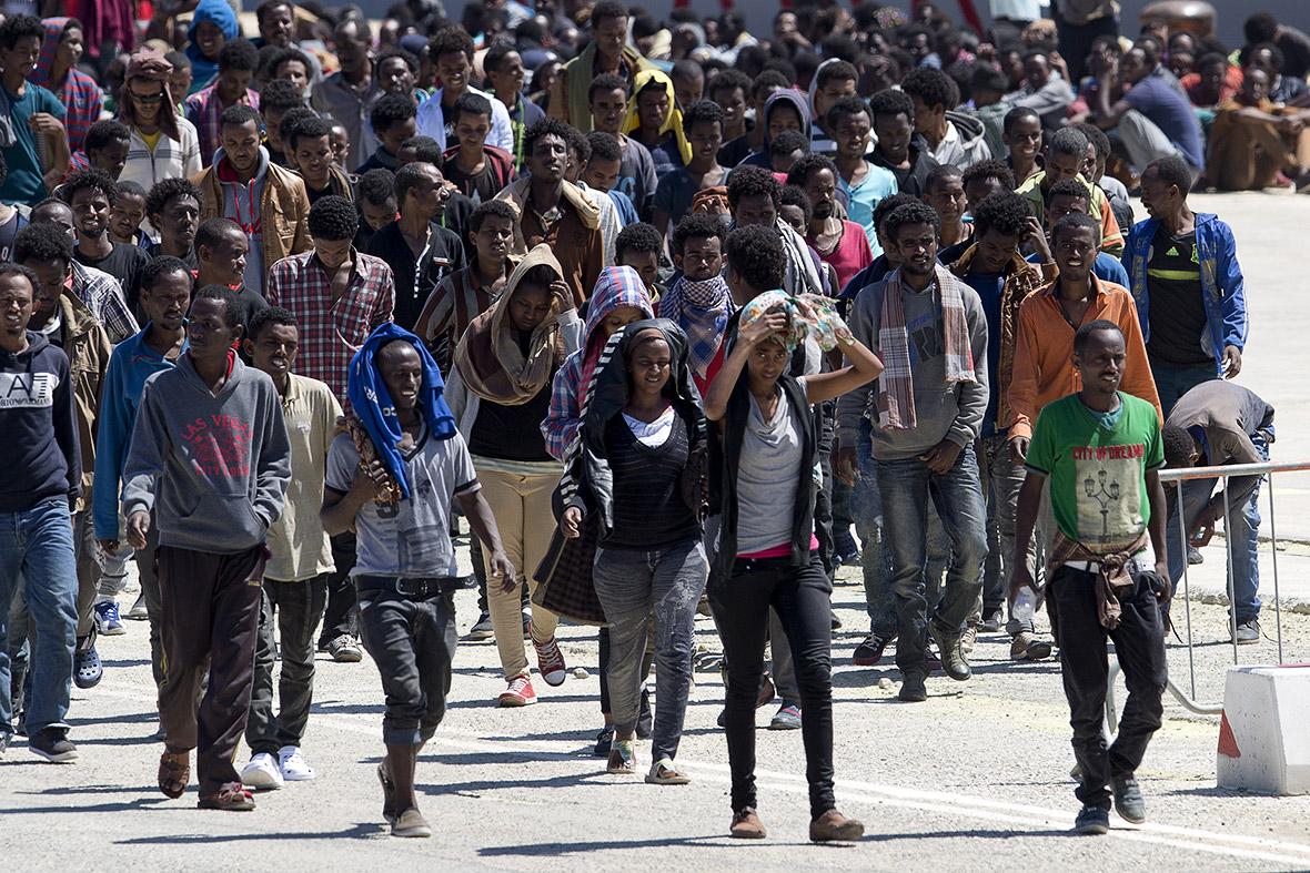 Résultats de recherche d'images pour «migrant»