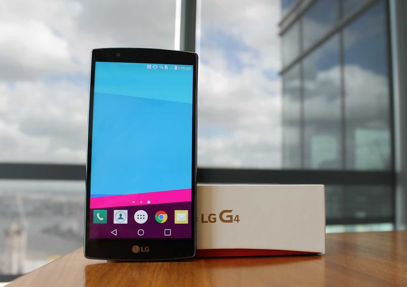 LG G4 review specs comparison