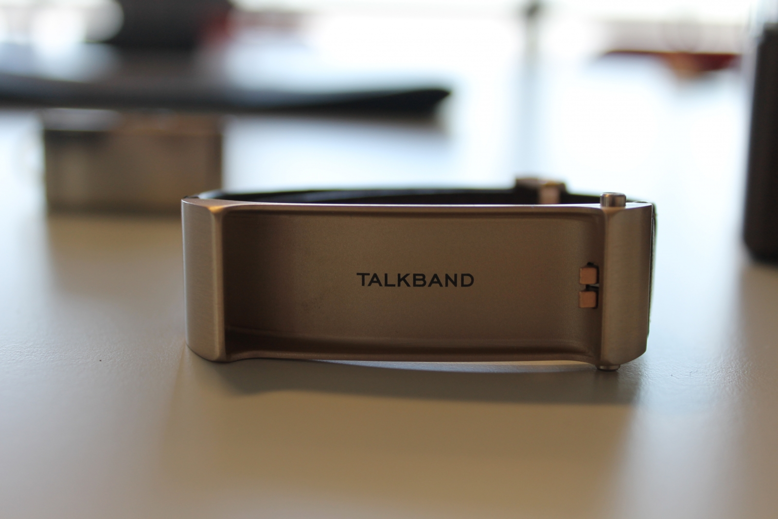 TalkBand B2 Review