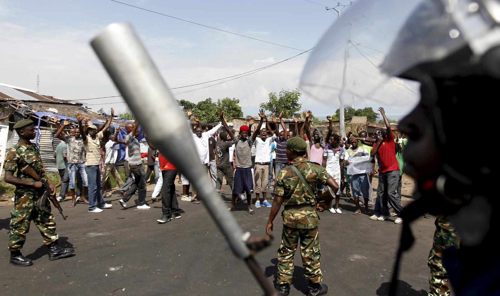 Burundi police protest