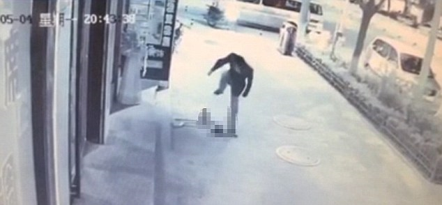 Video of toddler attacked by stranger