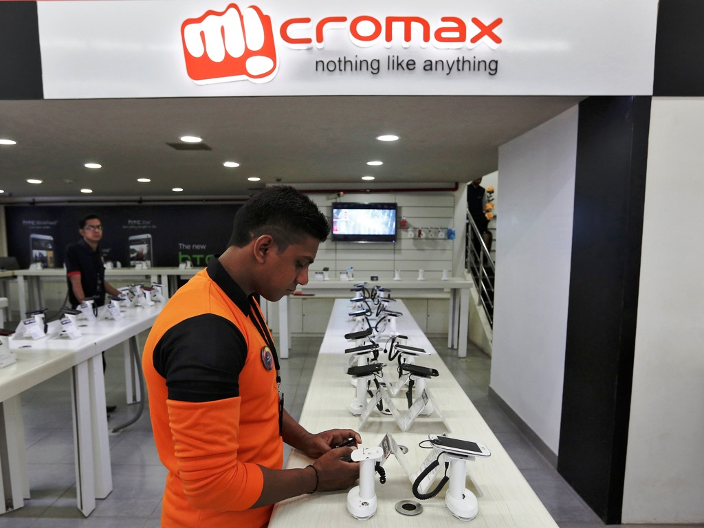 Micromax Logo and Store New Delhi India