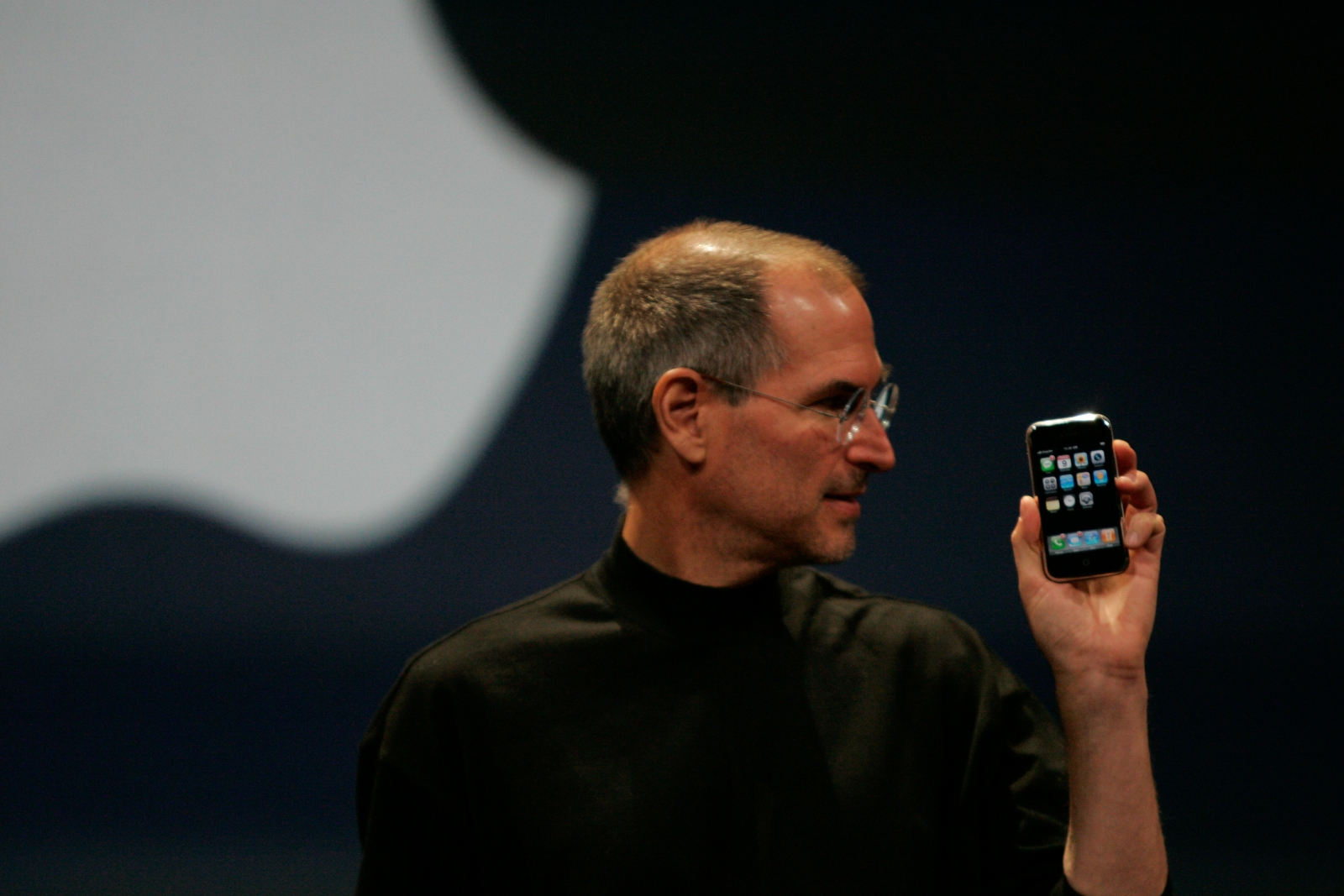 Three Steve Jobs Business Cards Auctioned To Business Card Startup