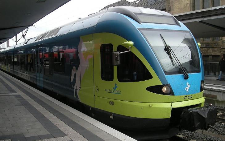 WestfalenBahn train in station