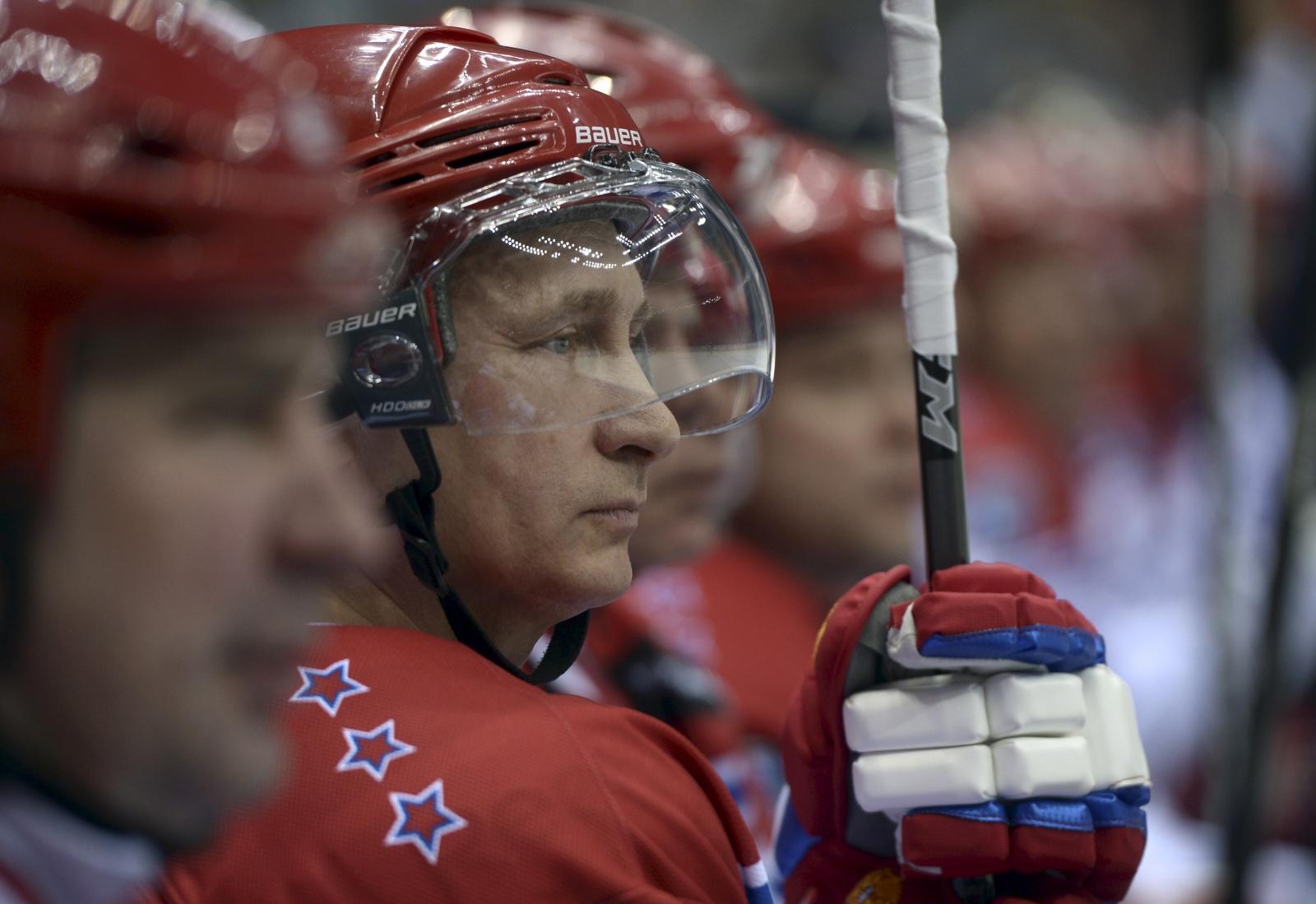 Putin ice hockey