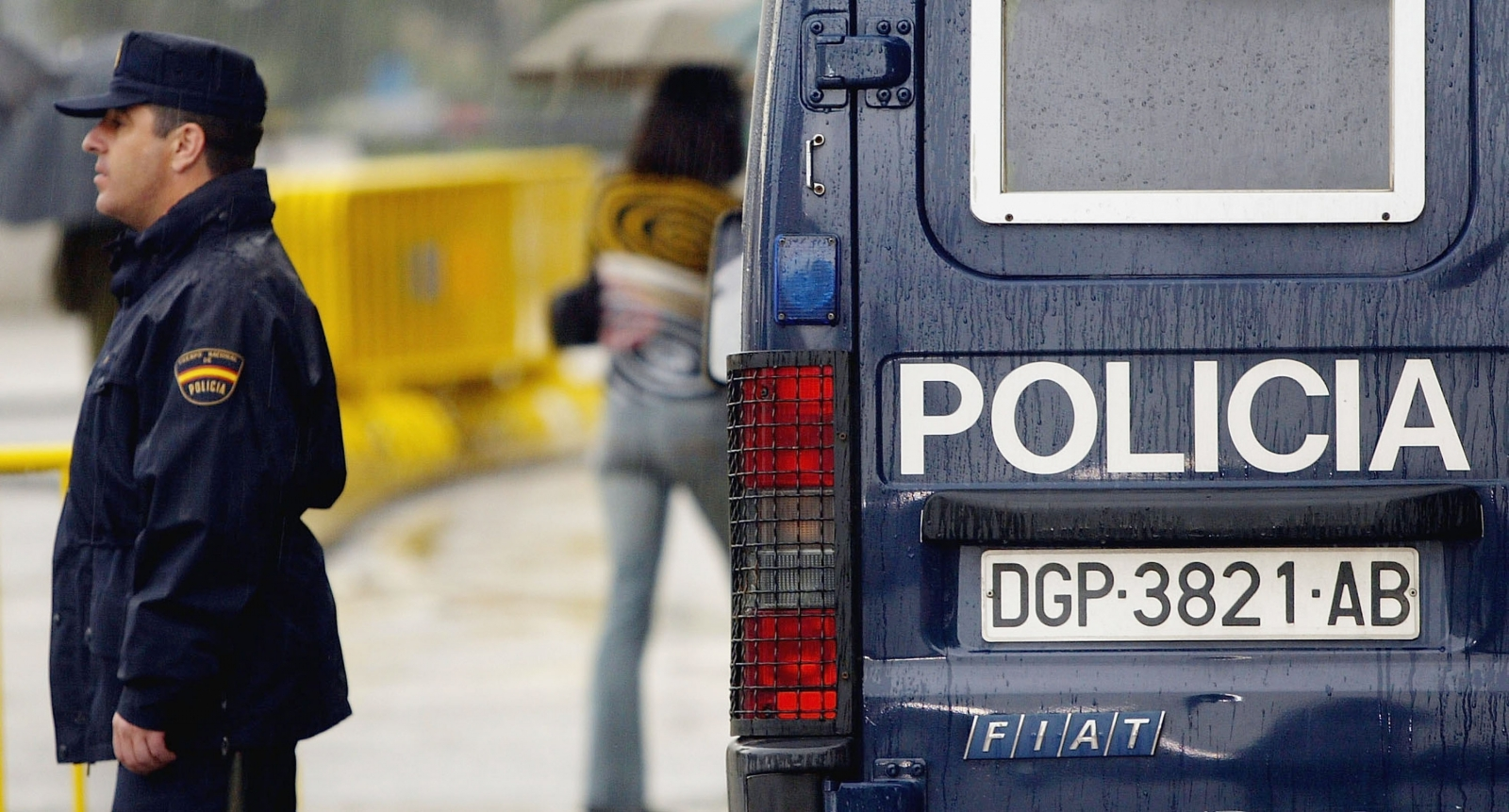 Spanish police arrested five for allegedly tryingto