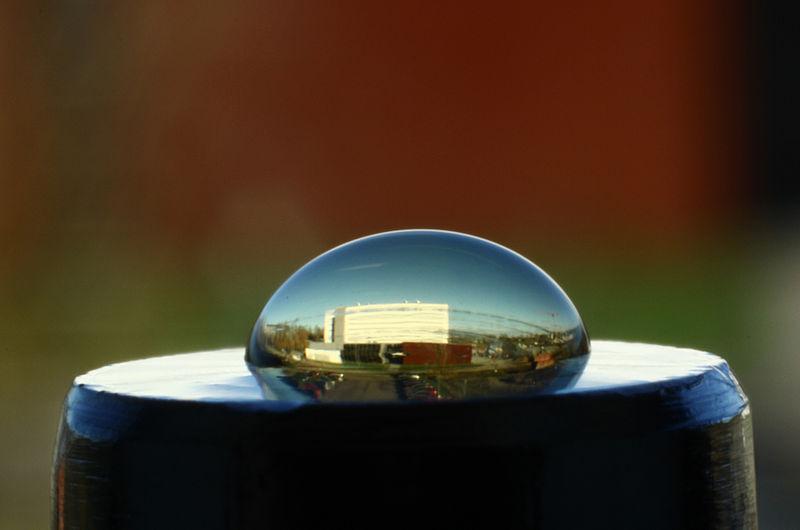 A picture captured through a liquid lens