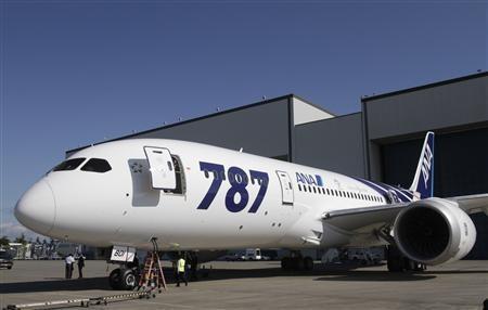 Boeing Dreamliner Honored with 2012 Hermes Awards for Innovation