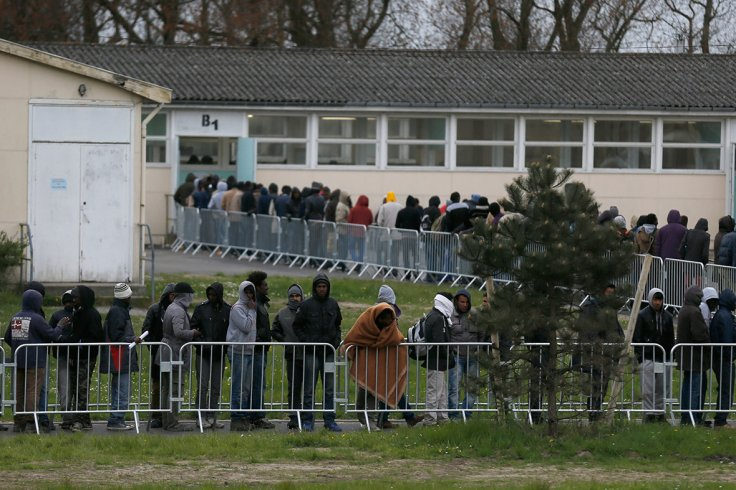 Calais migrants Jules Ferry day centre