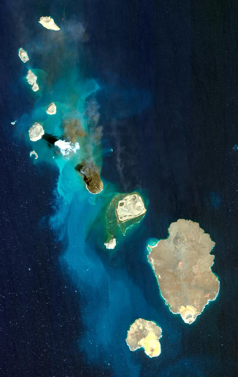 volcanic islands red sea