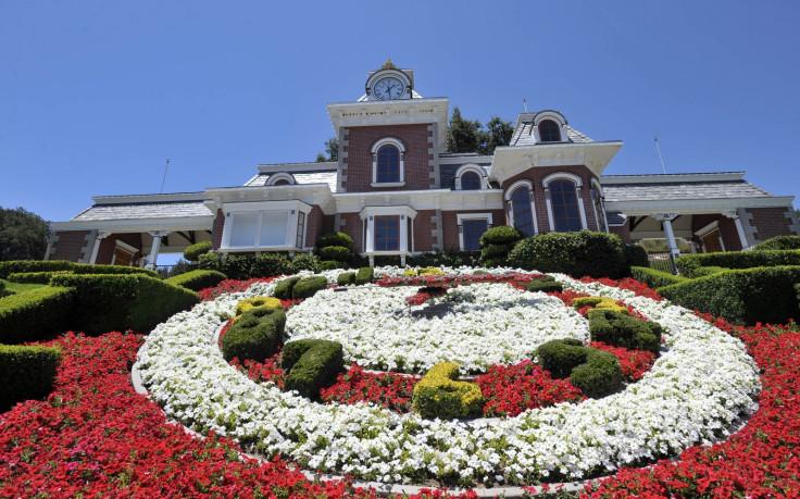 Neverland floral clock