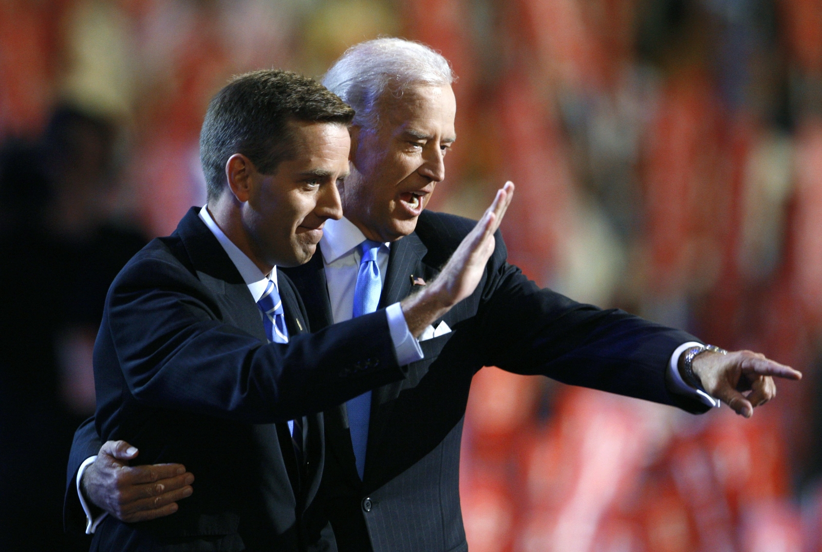 Beau Biden dies of cancer