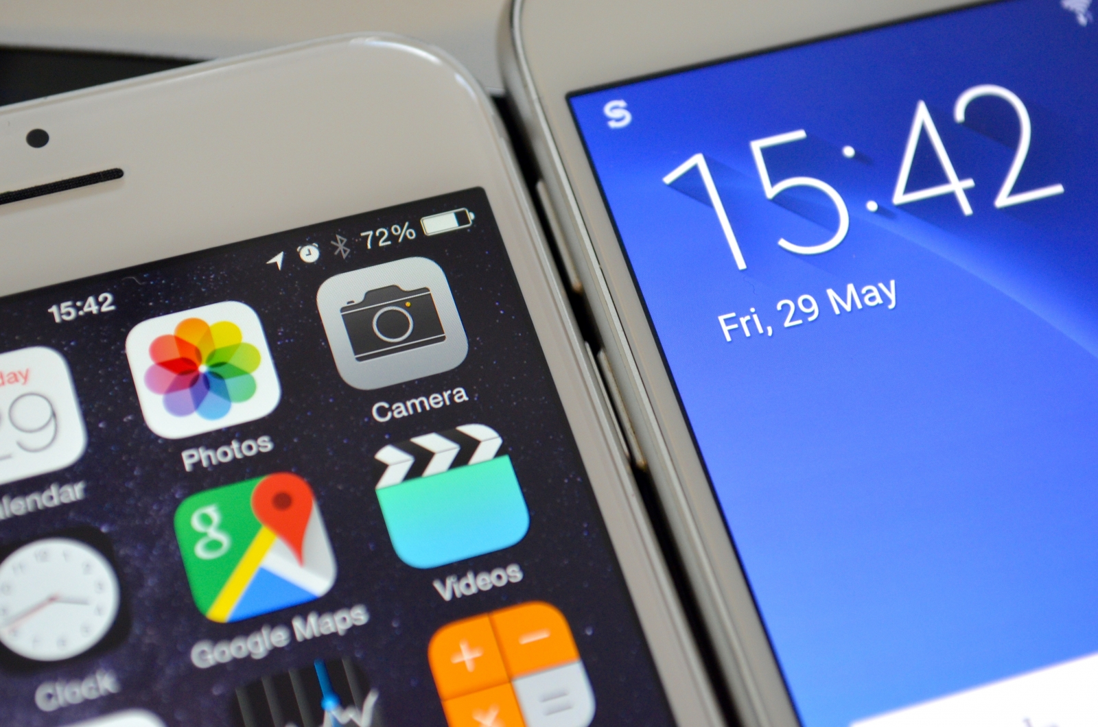 Apple iPhone 6 and Samsung Galaxy S6