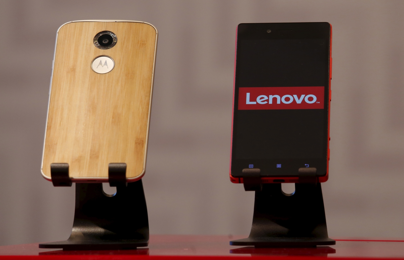 Lenovo's first Motorola smartphone