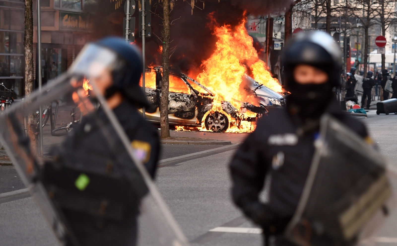 anti-capitalism protests Frankfurt