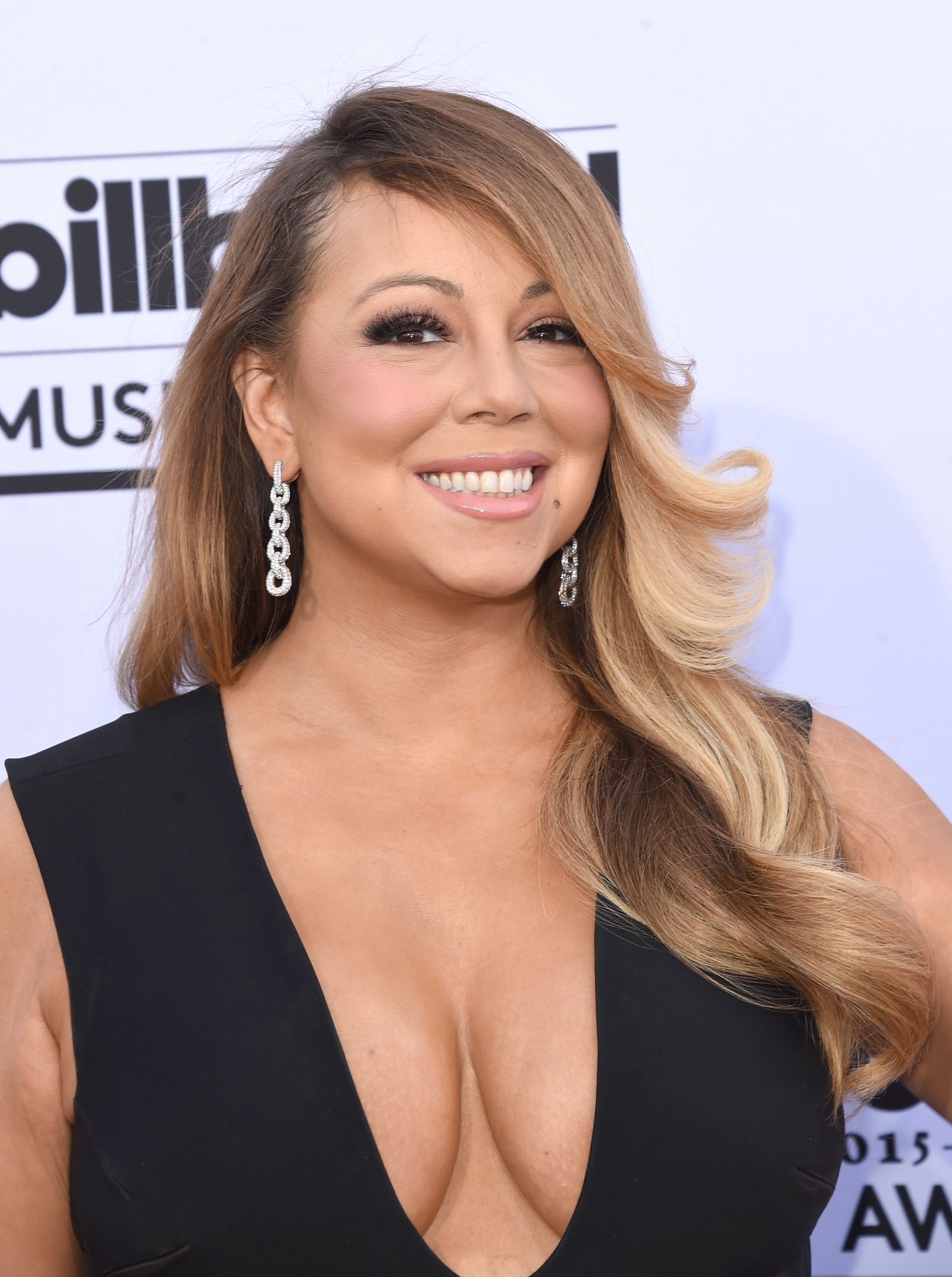 Mariah Carey finally honoured with star on Hollywood Walk of Fame
