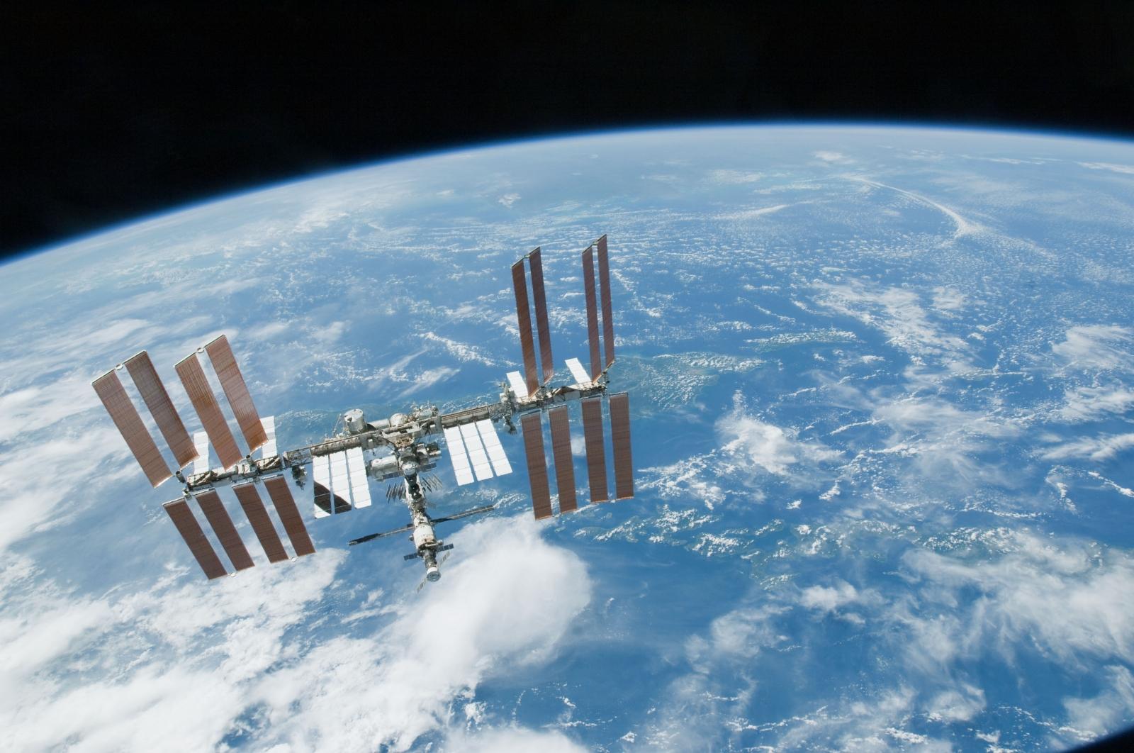Telerobotic handshake received from International Space Station