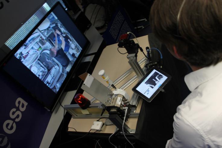 The Telerobotics system on Earth