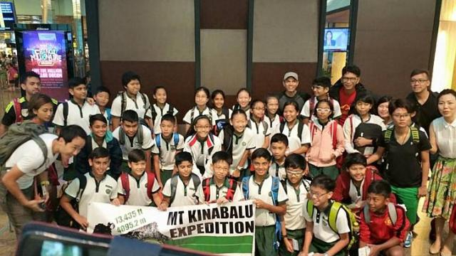 Singaporean schoolchildren on Mount Kinabalu hiking trip