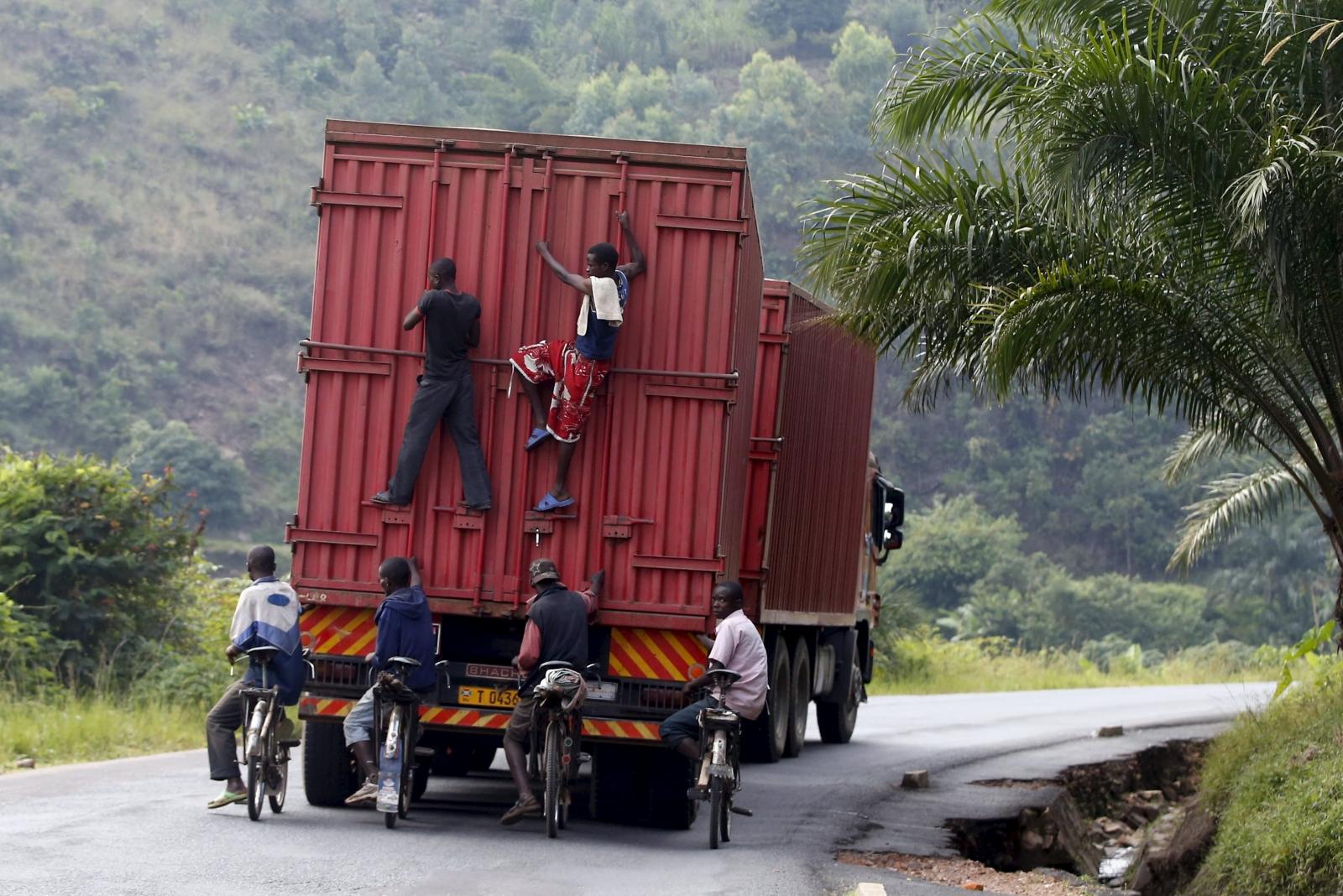 Burundi protesters escape