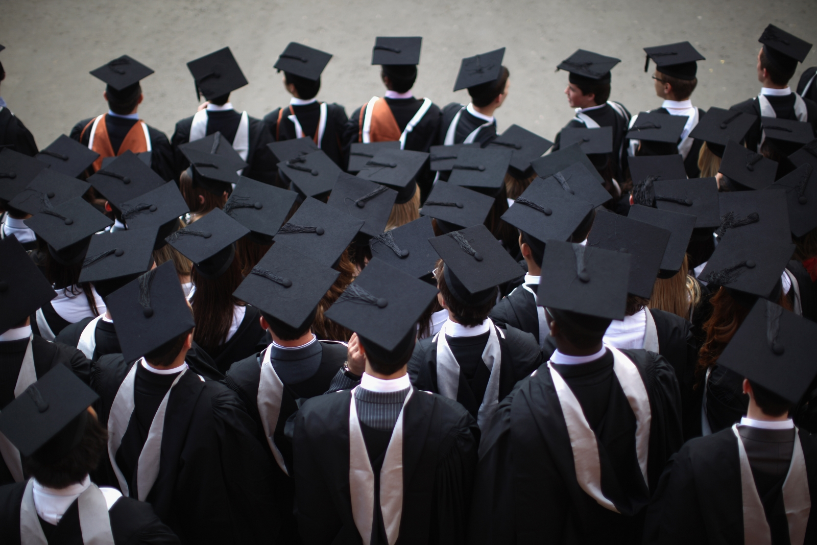 Graduate salaries fail to keep pace as student debt soars