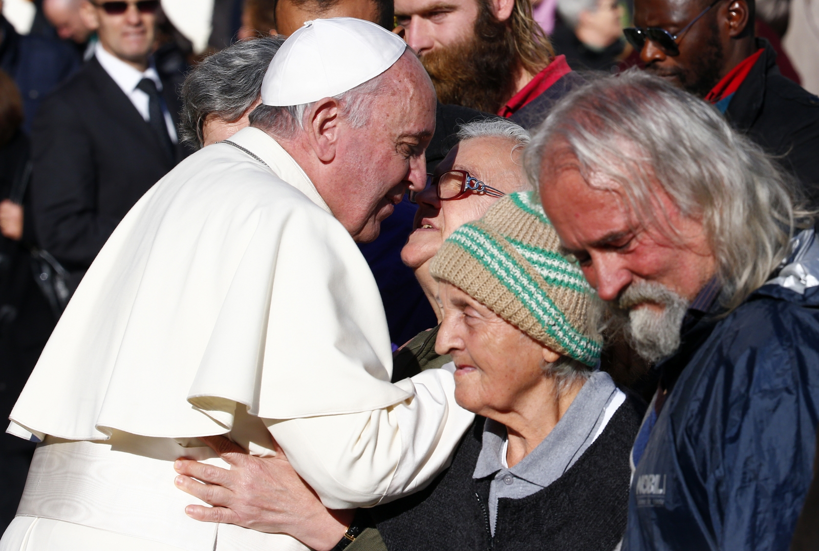 Pope Francis homeless vatican