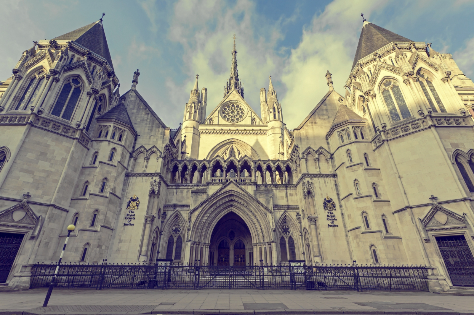 London Royal Courts of Justice Law