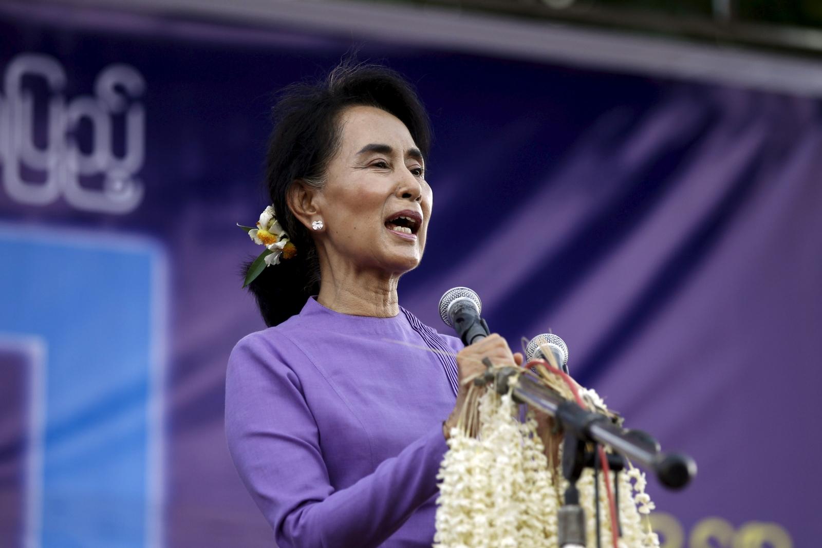 Aung San Suu Kyi China visit