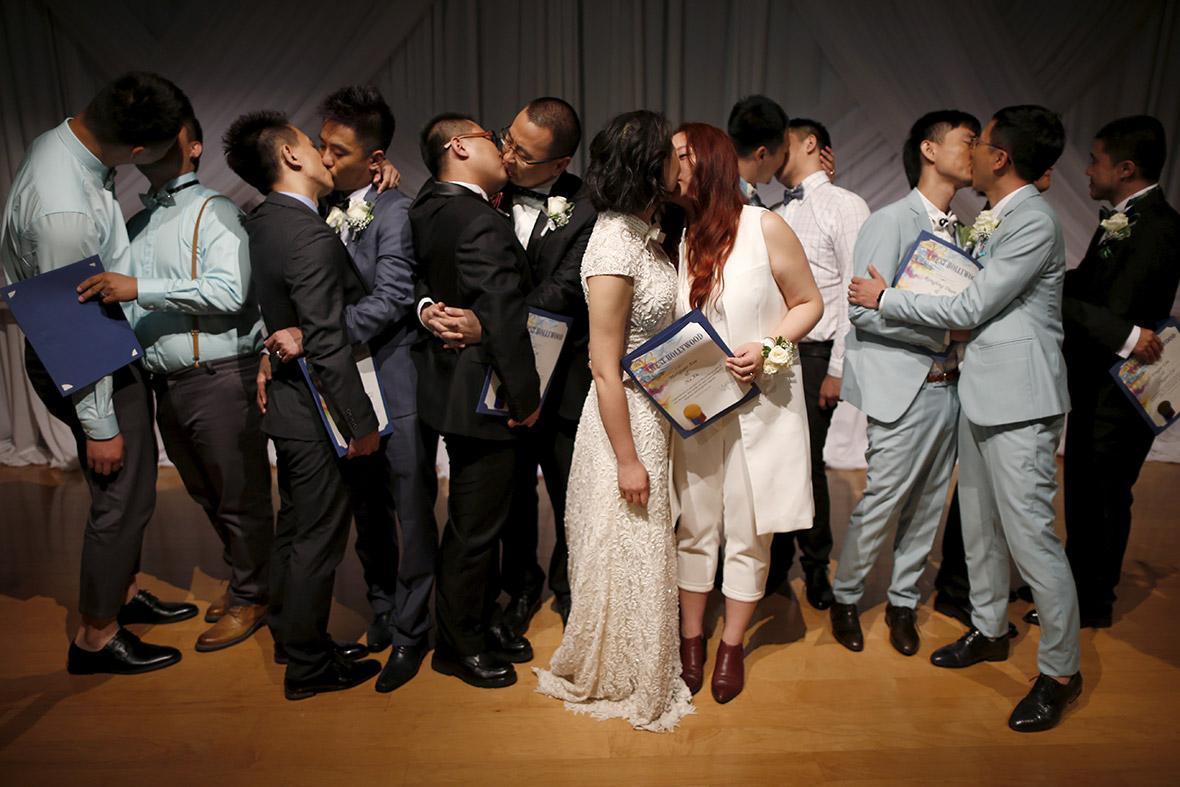 Lucy Liu Lesbian Kiss