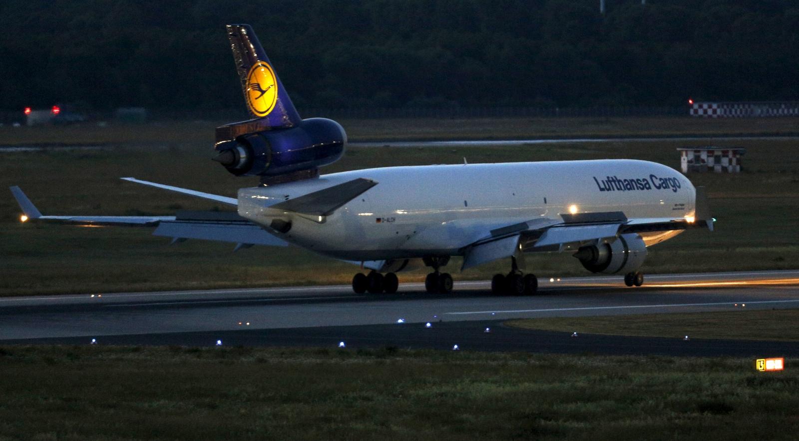Lufthansa returns bodies from Germanwings crash