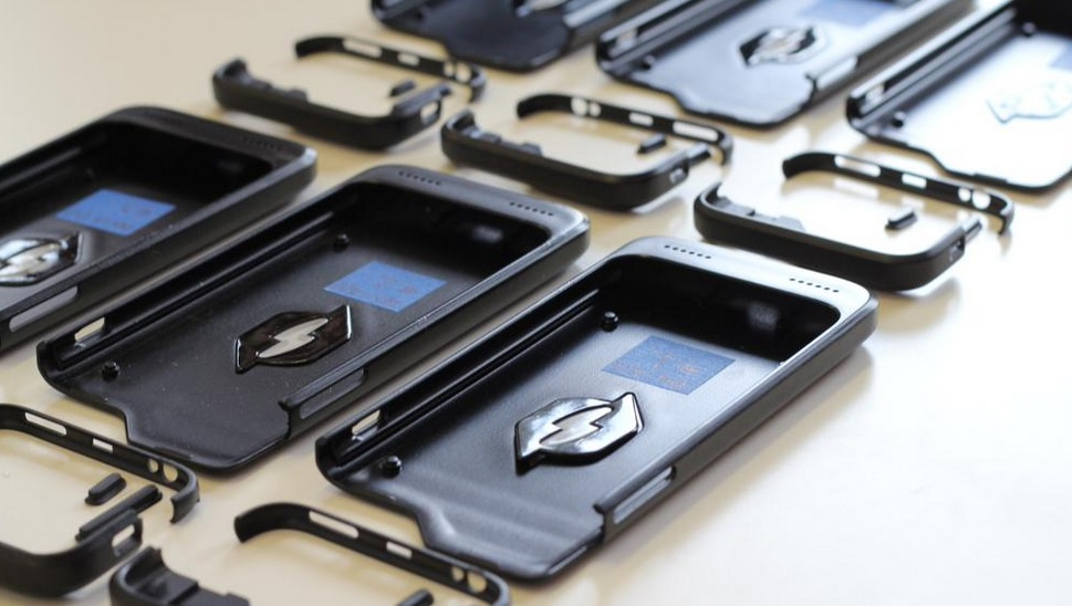 Nikola case for iPhone and Galaxy S6