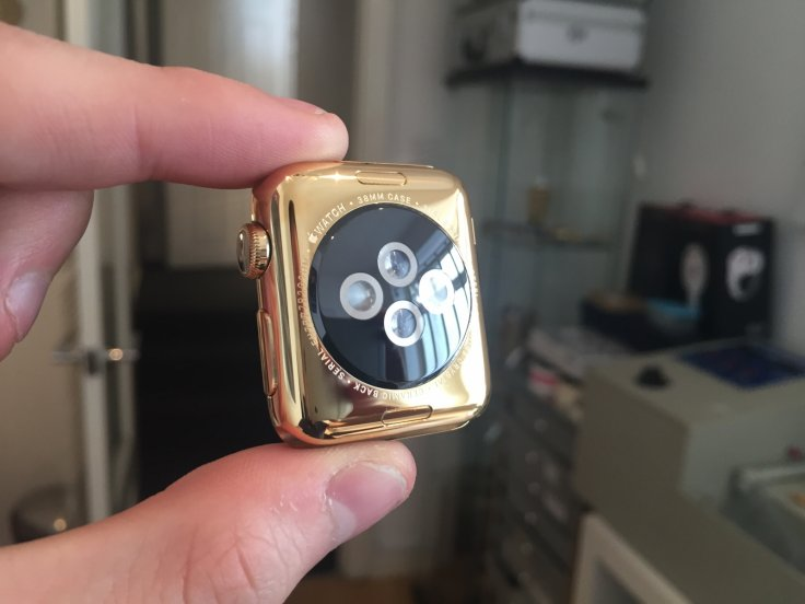 Gold Apple Watch from Gold Genie